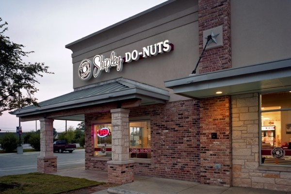 Shipley do nuts round rock kah architecture and interior for Convenience store exterior design
